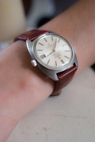 腕時計が壊れたらまず修理しよう!